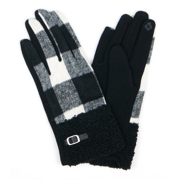 Fleece Buffalo Check Smart Touch Gloves.  - Touchscreen Compatible  - One size fits most - 100% Polyester