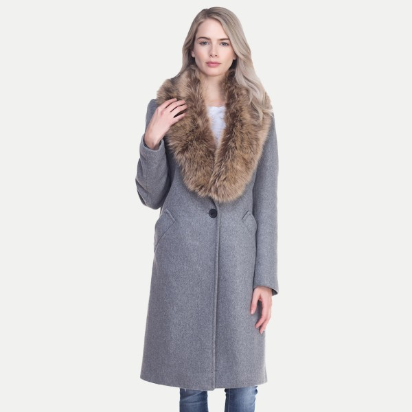 "Bias Cut Faux Fur Winter Collar Pull-Through Scarf.  - Approximately 45"" L  - 100% Polyester"