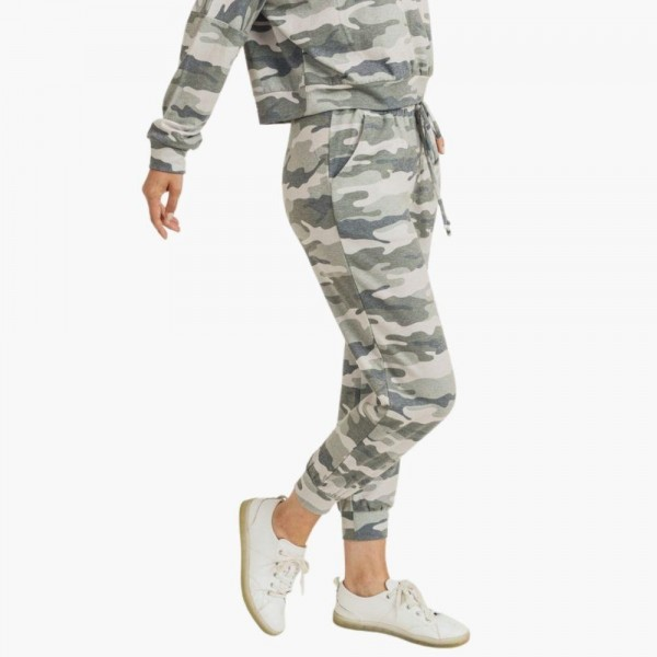 "Women's Vintage Camouflage Jogger Pants. (6 Pack) (Pants ONLY)  • Vintage camo print • Banded cuffs • Drawstring elasticize waistband • Two side pockets for keeping your hands warm • Relaxed fit • Soft and stretchy • Comfortable for lounging at home • Imported  - 6 Pair Per Pack - Sizes: 2-S / 2-M / 2-L  - Inseam approximately 27"" L - 95% Polyester, 5% Spandex"