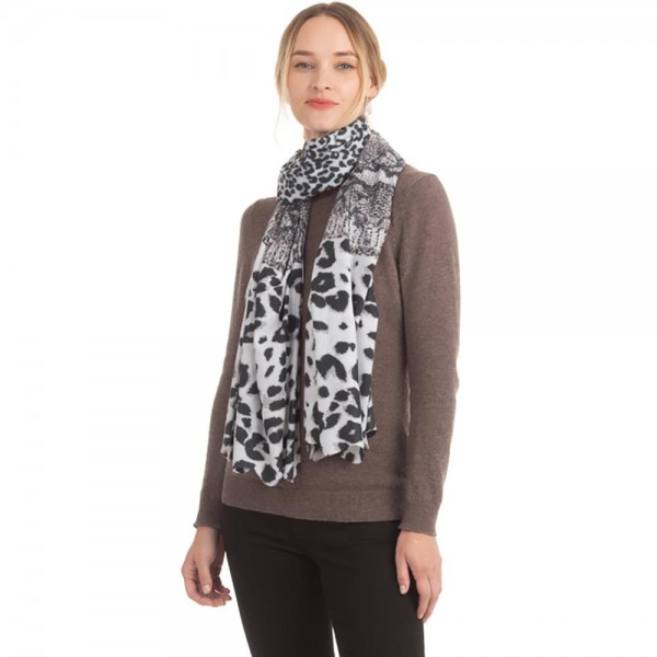 "Women's Soft Cozy Animal Print Scarf.  - Approximately 35"" W x 70"" L  - 100% Polyester"