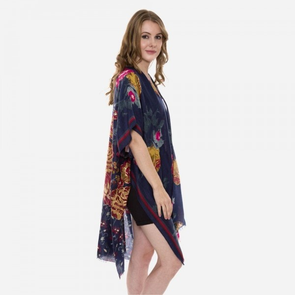 """Women's Lightweight Floral Print Kimono.  - One size fits most 0-14 - Approximately 37"""" L  - 80% Viscose / 20% Cottton"""