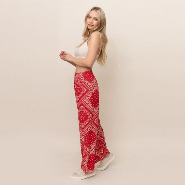 Paisley printed palazzo pants. Size S/M   - 55% cotton 45% polyester
