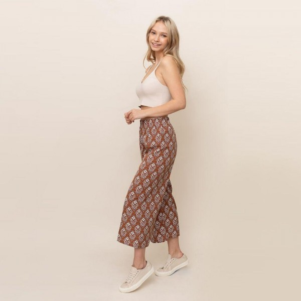 Floral printed palazzo pants. Size S/M   - 55% cotton 45% polyester