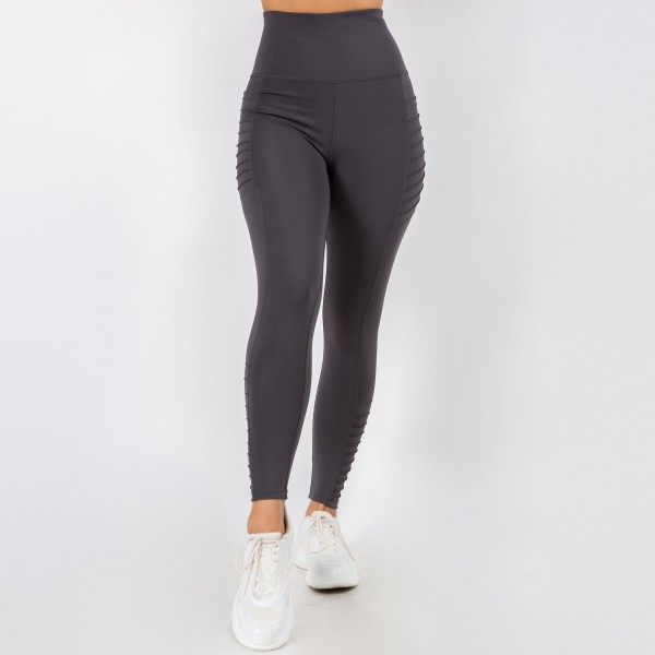 Athletic Leggings Featuring Side Moto Pockets. (6 Pack)  - Spandex Compression Fit - Breathable Moisture Wicking Fabric - Two Side Pockets - High Waist Design  - 6 Pairs of Leggings Per Pack - Sizes: 1 S / 2 M / 2 L / 1 XL