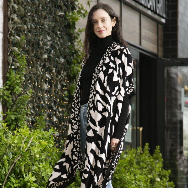 Printed Kimono.   - One Size Fits Most - 100% Viscose