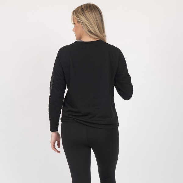 Kay Unger Branded Athleisure Long Sleeve Top Featuring Mesh Details. (6 Pack)  - Features Mesh Panels that Run Along Sleeves - 95% Polyester, 5% Spandex  - Spandex Compression Design - Breathable Fabric - Moisture Wicking - 6 Shirts Per Pack  - Sizes: 1-S, 2-M, 2-L, 1-XL