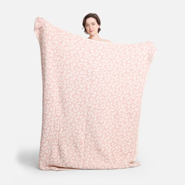 """Super Soft Jacquard Animal Print Comfy Luxe Knit Blanket. The Softest Throw Blanket Made of the Highest Quality Material. So Soft You Have to Feel Them for Yourself. This Luxurious Throw is a Guaranteed Best Seller this Season!   - Approximately 50"""" W x 60"""" L -100% Polyester  - Extra Plush and Cozy"""