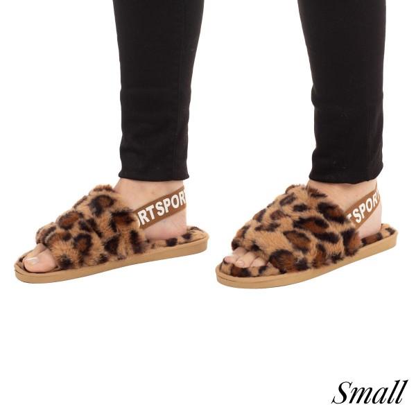 Faux Fur leopard print slipper with elastic back strap  -Women's US size 7-7.5 -Rubber sole