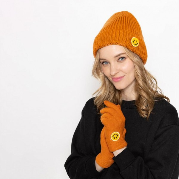 Knit Smart Touch Gloves Featuring Smiley Face Applique  - One Size Fits Most - Touchscreen Compatible - 100% Acrylic