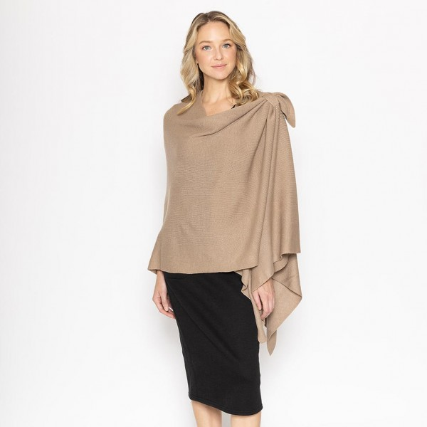 Women's Knit Ruana.   -One size fits most 0-14 -100% Polyester
