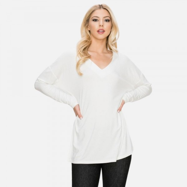 V-Neck Long Sleeve Top Featuring Side Slits  - Long Sleeve - V-neck - Soft and comfortable - Slit sides - 4-Way stretch - Wide set neckline accentuates collar bone - Durable - 95% Polyester / 5% Spandex  - Pack Breakdown: 6 Per Pack - Sizes: 2-S / 2-M / 2-L