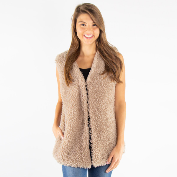 Wholesale faux fur sleeveless vest sherpa acrylic One fits most