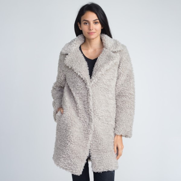 Wholesale faux sherpa coat button closure acrylic polyester One fits most