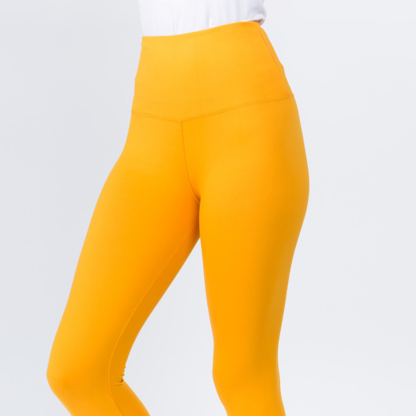 """Women's New Mix Brand Solid Peach Skin Leggings.  - 5"""" Elastic Waistband - Full-Length - Inseam approximately 28""""  - One size fits most 0-14 - 92% Polyester / 8% Spandex"""