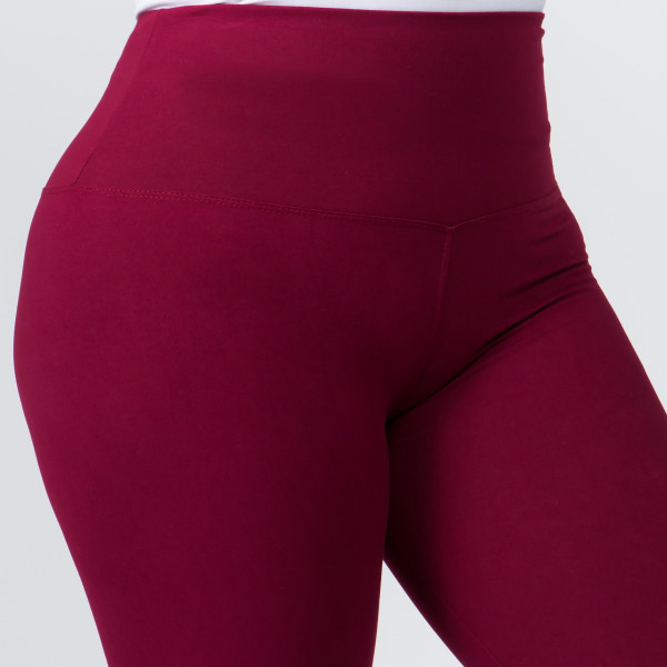 "Women's Plus Size New Mix Brand 5"" Waistband Solid Peach Skin Leggings.  - 5"" Elastic Waistband - Full-Length - Inseam approximately 28"" - One size fits most plus 16-20 - 92% Polyester / 8% Spandex"