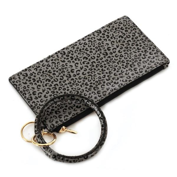 Wholesale faux Leather Leopard Print Key Ring Wallet Wristlet Zipper Closure Det