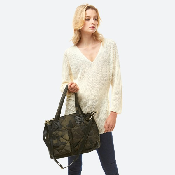 """Puffy Quilted Camouflage Handbag.  - Zipper Closure - Open Lined Inside - 1 Inside Zipper Pocket - 2 Inside Open Pockets - 2 Outside Magnetic Button Pockets - 1 Zipper Back Pocket - Detachable Adjustable PU Strap - 90% Polyester / 10% Pu - Approximately 16"""" W x 11"""" T"""