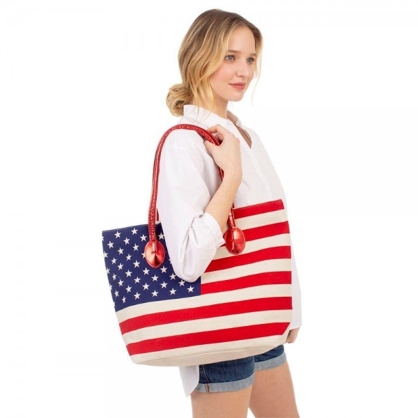"USA Themed Tote Bag.   - Zipper Closure - Inside Pocket - Approximately 14"" x 18"""