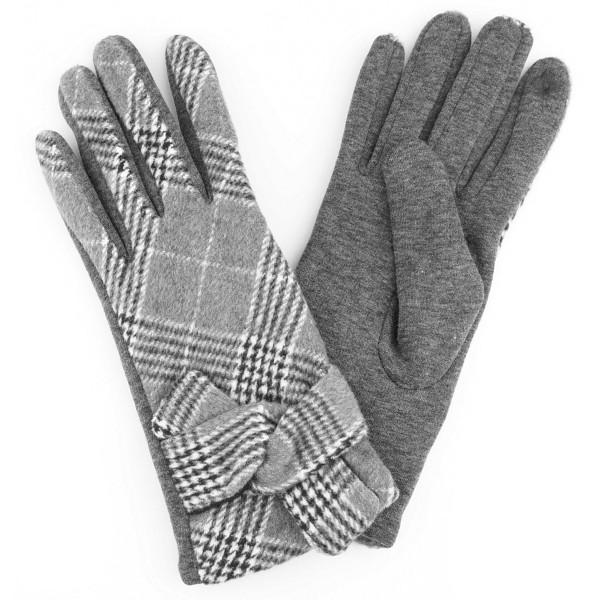 Knotted Plaid Smart Touch Gloves.  - Touchscreen Compatible - One size fits most - 70% Polyester, 30% Cotton