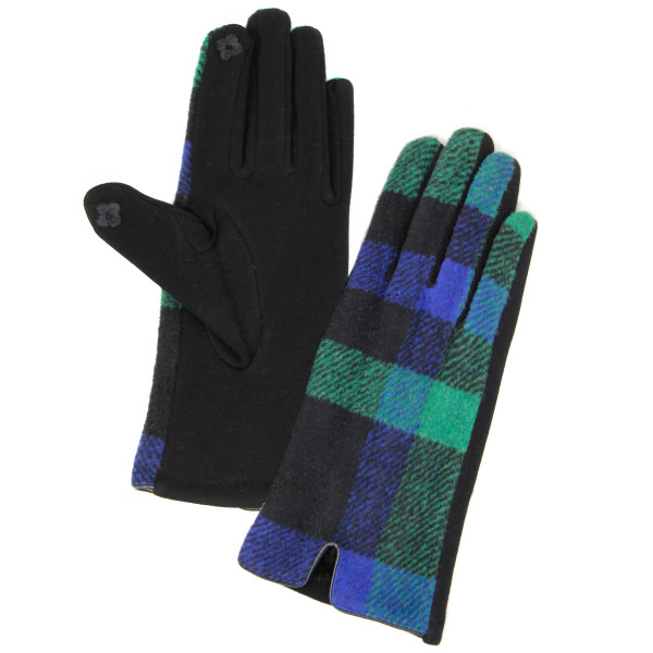 Plaid Print Smart Touch Gloves.  - Touchscreen Compatible - One size fits most  - 60% Cotton, 40% Polyester