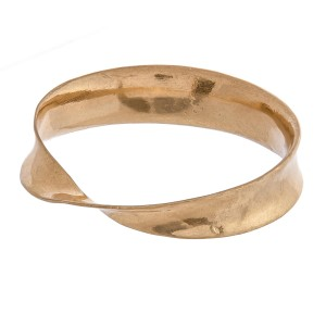 """Metal bangle bracelet with twisted detail.   - Approximately 3"""" in diameter - Fits up a 6"""" wrist"""