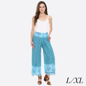 "Women's Blue Vintage Floral Print Palazzo Pants.  - 4"" Elastic Waistband - Size: L/XL - Inseam approximately 27"" L - 100% Viscose"