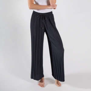 "Pleated palazzo pants with adjustable draw string.  - One size fits most 0-14 - Inseam approximately 30"" in length - 92% Polyester, 8% Spandex"