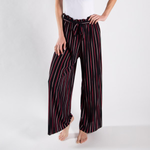 Long palazzo pants with stripes and adjustable waist string.   - One size fits most  - Composition: 92% Polyester, 8% Spandex
