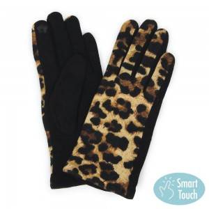 Leopard Print Smart Touch Gloves.  - Touchscreen Compatible  - One size fits most - 100% Polyester