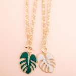 Wholesale gold layered thread woven palm leaf toggle necklace Toggle bar clasp P