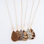 Wholesale metal Encased Cheetah Print Teardrop Pendant Necklace Gold Pendant L A