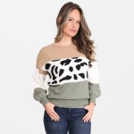 Wholesale women s Colorblock Animal Print Sweater One fits most Acrylic Polyeste